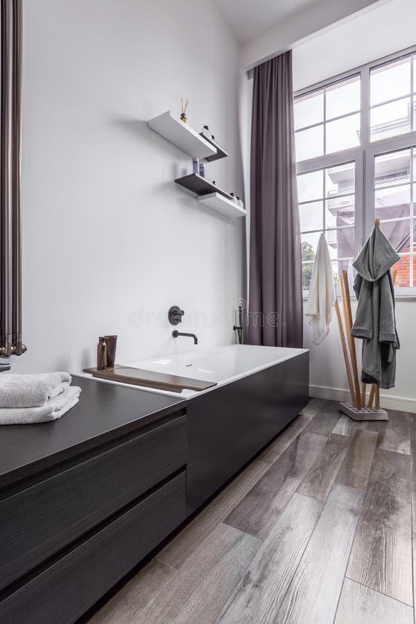 Łazienka w przemysłowym stylu obraz royalty free