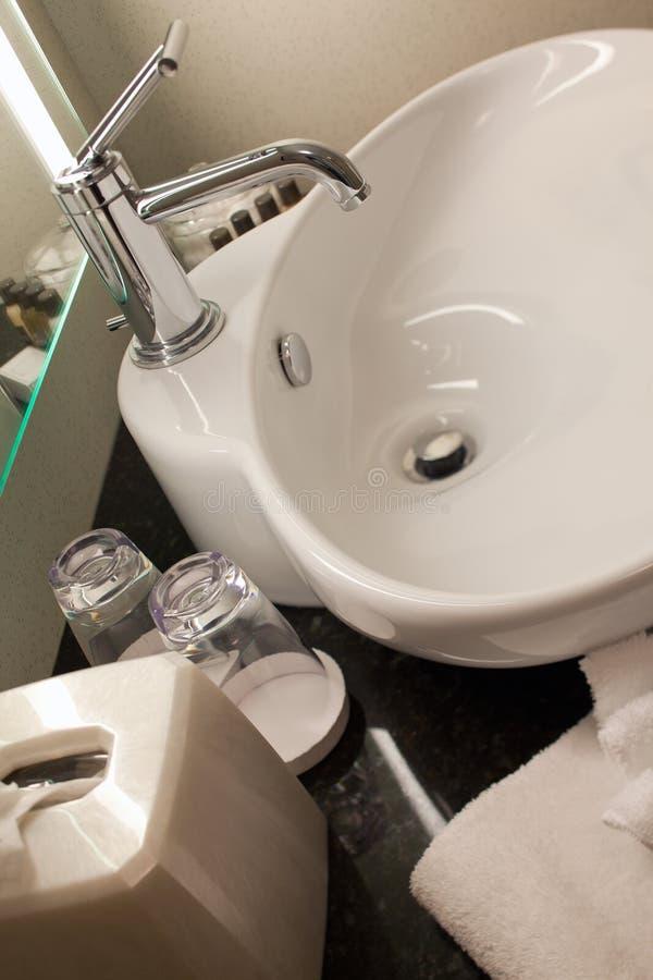 łazienka zlew odpierający hotelowy zdjęcie royalty free