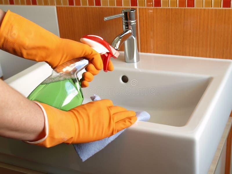 łazienki cleaning zlew obrazy stock