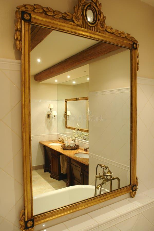 łazienki odbicie zdjęcie royalty free