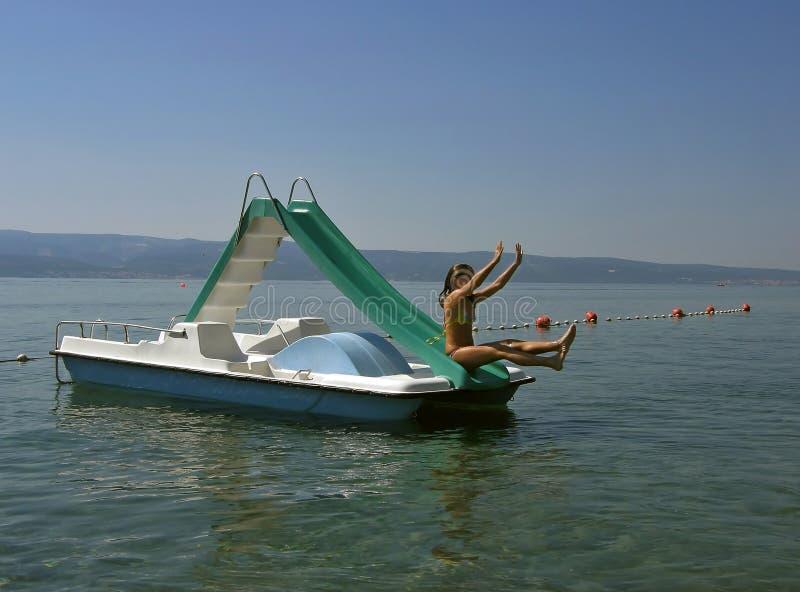 łodzi pedałowy plung morze fotografia stock