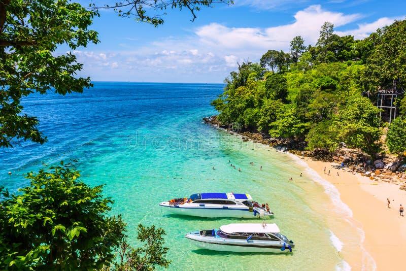 łodzi wyspy krajobrazu magiczny phi wschód słońca tajlandzki Thailand zdjęcia royalty free