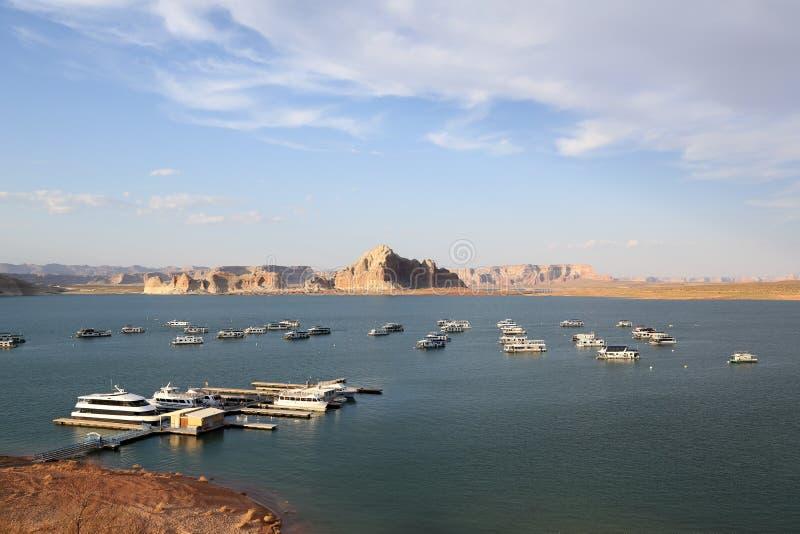 Łodzie na Jeziornym Powell w Arizona obrazy royalty free