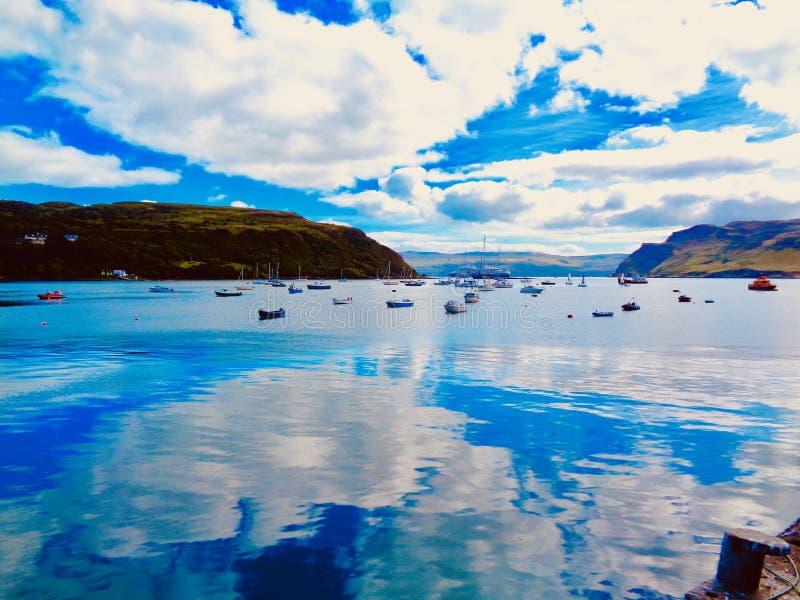 Łodzie na wyspie Skye obraz stock