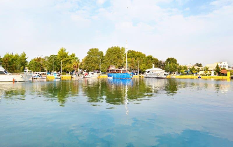 Łodzie przy Eleusis, Elefsina - Grecja obrazy stock