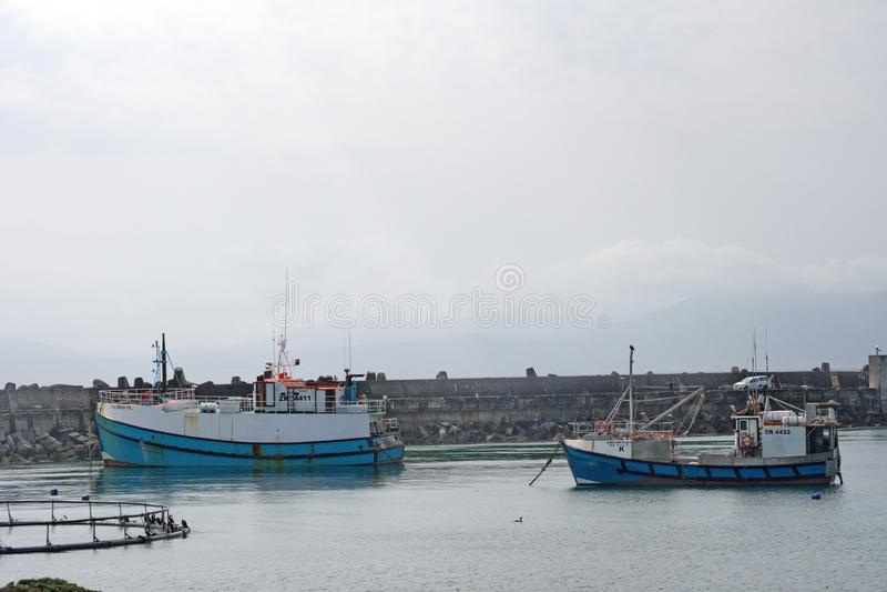 Łodzie rybackie w schronieniu fotografia stock