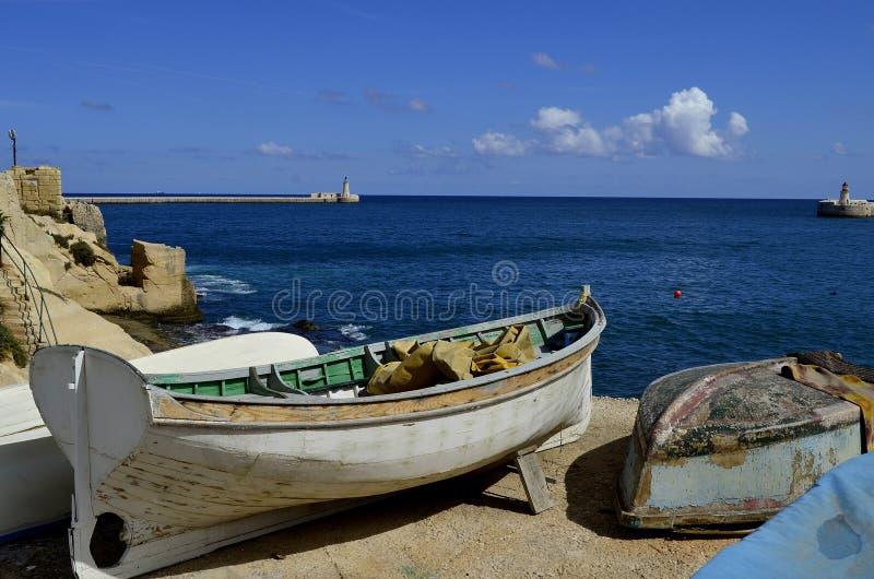 Łodzie w porcie Malta, los angeles Valletta obraz stock