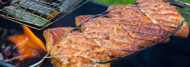 Łosoś polędwicowy na grillu obraz stock