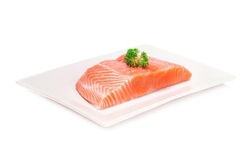 Łososia świeżego mięsa rybi plasterek na białym tle obraz royalty free
