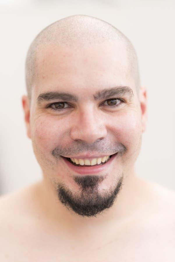 Łysy mężczyzna portret z goatee fotografia stock