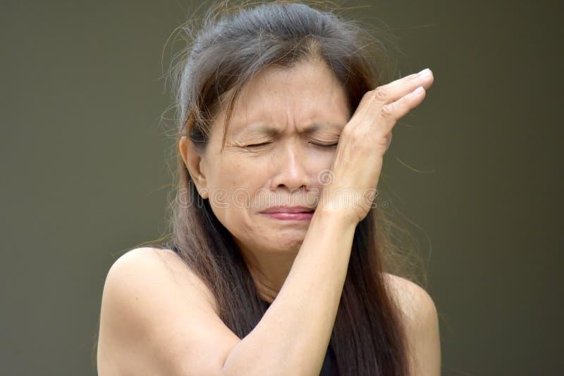 Łzawy Mniejszościowy Żeński senior zdjęcie stock