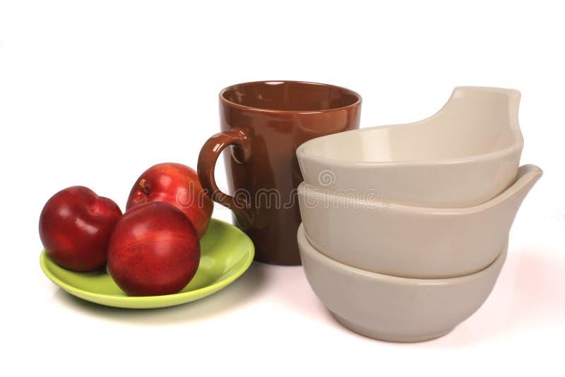 ¼ Œbowls, ¼ Œcups de Plumï d'ï de plats photos libres de droits