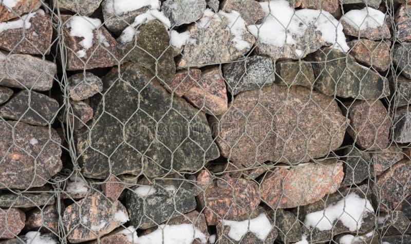 Ściana kamienie, gabion niezwykła kamieniarka, zdjęcie stock