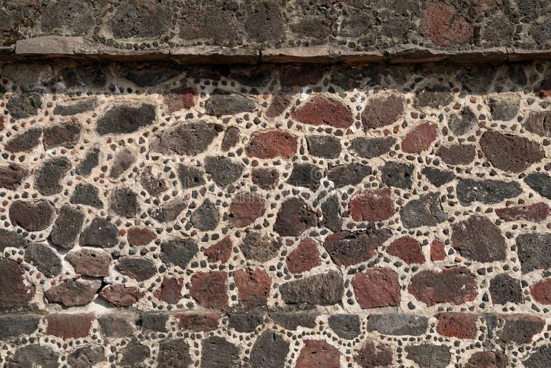 Ściana kamienna piramidy aztec, Teotihuacan, Meksyk obrazy stock