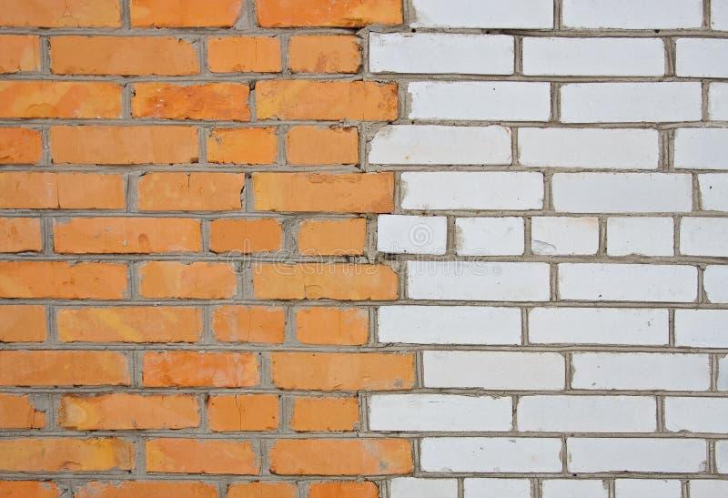 Download ściana z cegieł obraz stock. Obraz złożonej z fasada - 13330019