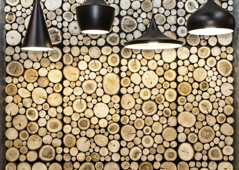Ściana z drewnianymi dekoracyjnymi panel obraz stock