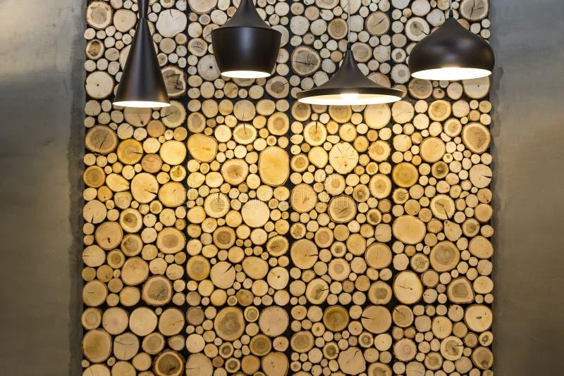 Ściana z drewnianymi dekoracyjnymi panel zdjęcie stock
