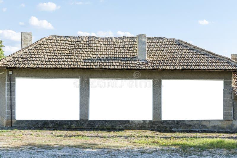 Ściana z 3 pustą przestrzenią dla twój reklamy zdjęcia royalty free