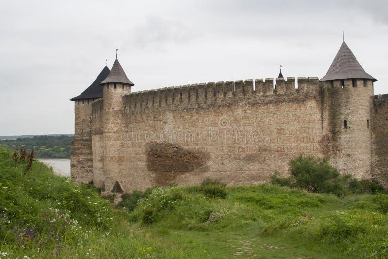 Ściany antyczny forteca w Khotyn, Ukraina zdjęcie royalty free
