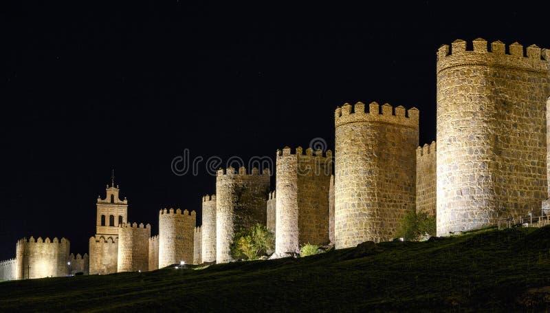 Ściany Avila Hiszpania, noc fotografia royalty free