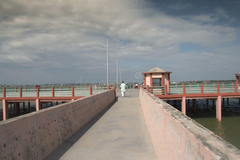 Ścieżka jeziorny widoku gorakhpur ramgarh taal zdjęcia stock