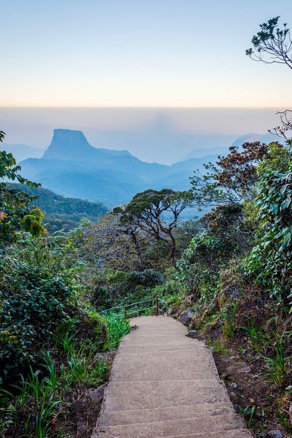 Ścieżka od Adams szczytu, Sri Lanka obraz stock
