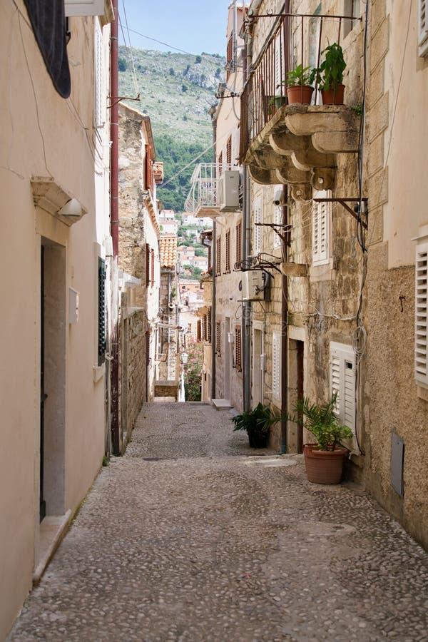 Ścieżka w starym miasteczku zdjęcia royalty free