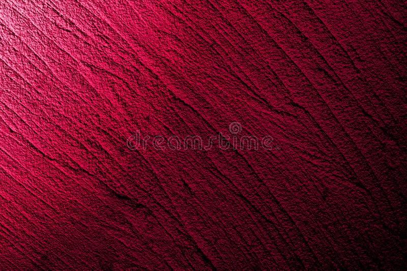 Ścienny grunge zmrok - czerwień, menchia betonuje z lekkim tłem Tło Brudny, pył czerwieni ściany betonu deski tekstura i pluśnięc zdjęcie royalty free