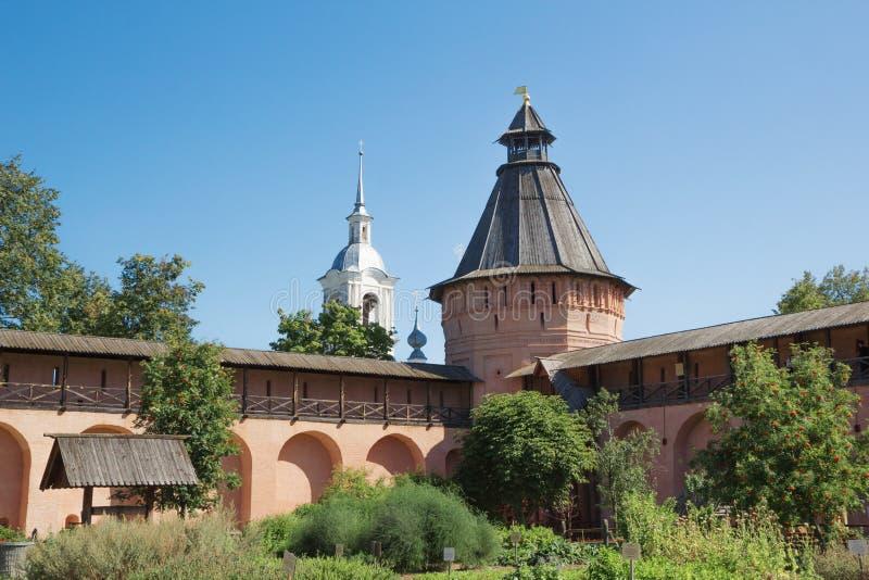Ścienny i basztowy Spaso-Euthymius monaster w Suzdal Rosja zdjęcia stock