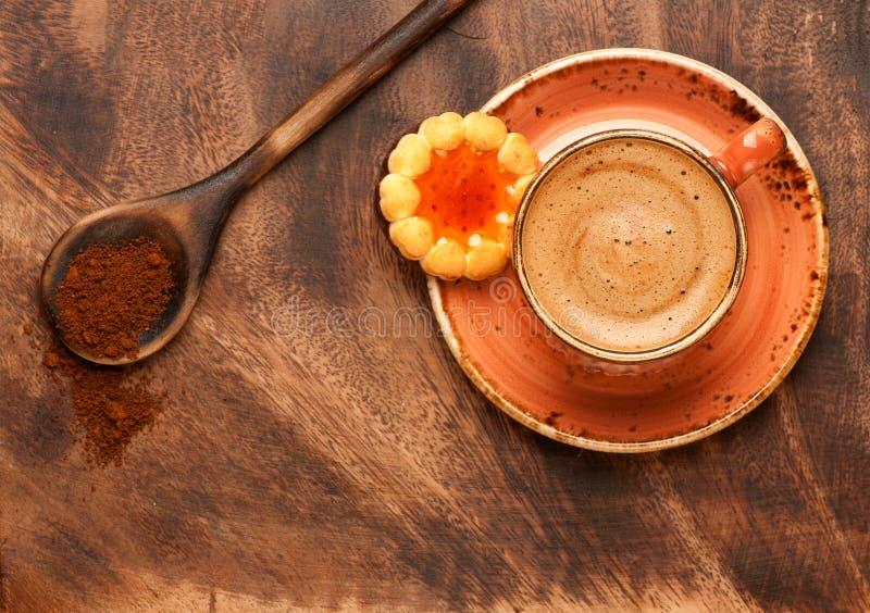 ścinek kawa zawiera ciastek filiżanki kartoteki ścieżkę fotografia royalty free