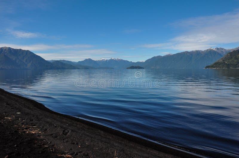 Ślad wokoło Lago Todos Los Santos, Chile obraz royalty free