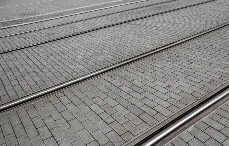 Ślada tramwajowi ślada na drodze obraz stock