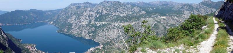 Śladu i Kotor zatoka fotografia royalty free