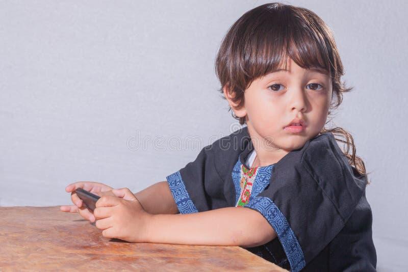 Śliczna dziecko twarz z dużymi oczami zdjęcia stock