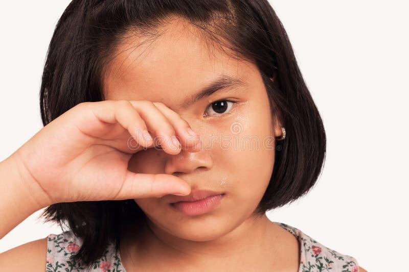 Śliczna dziewczyna smutna i płacz fotografia royalty free