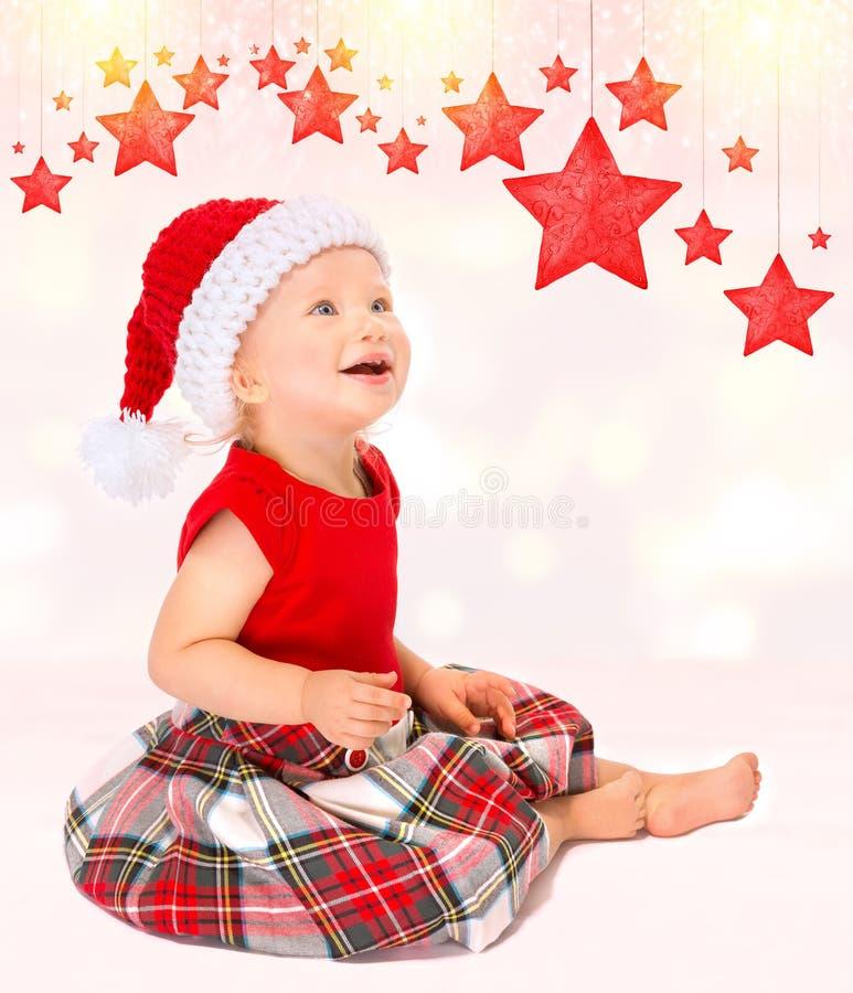 Śliczna szczęśliwa Santa dziewczyna obraz royalty free
