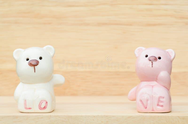 Śliczni ceramiczni niedźwiedzie zdjęcie stock