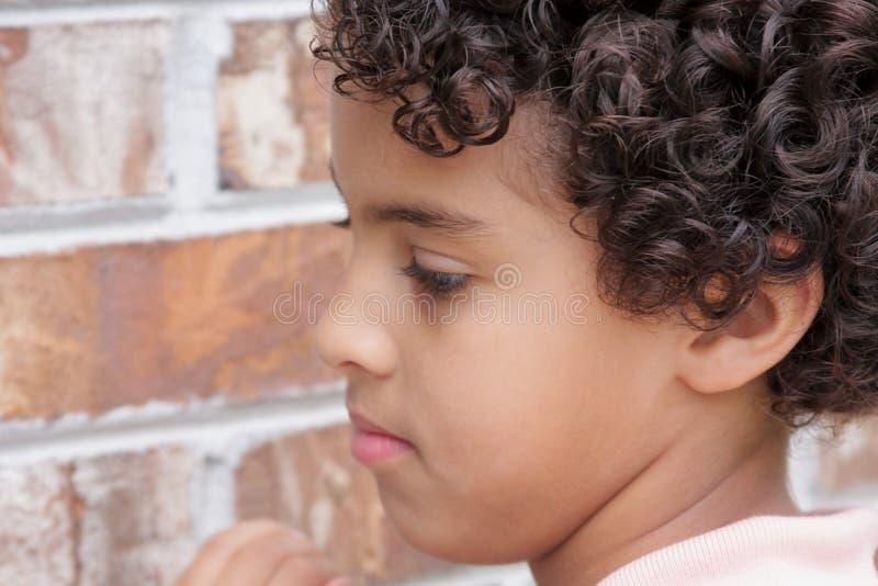 śliczni chłopiec potomstwa obraz stock