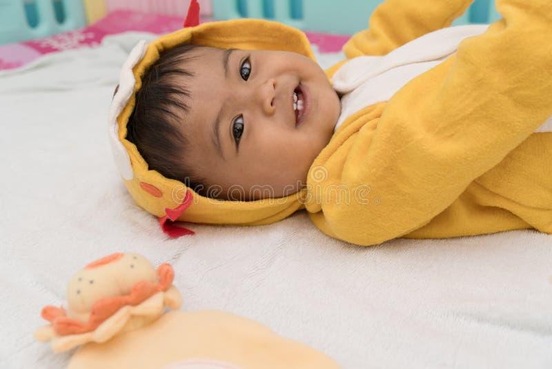 Śliczny azjatykci dziecko smilling zdjęcia royalty free