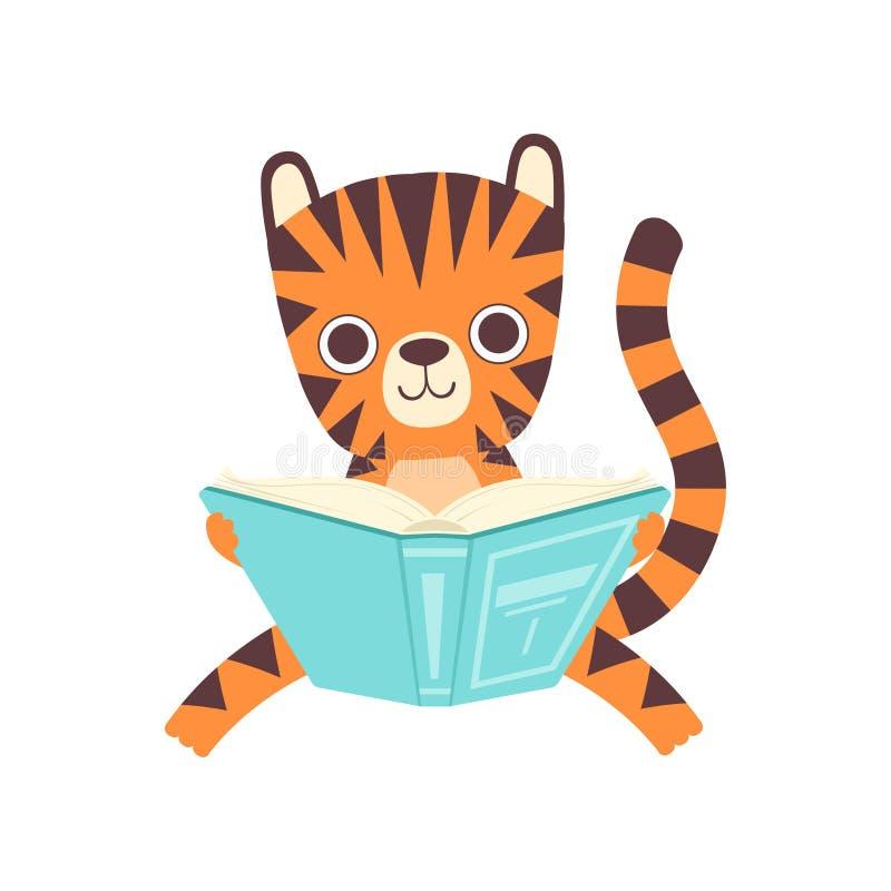 Śliczny Mądrze Mały Tygrysi obsiadanie i Czytelnicza książka, Urocza dzikie zwierzę postaci z kreskówki wektoru ilustracja royalty ilustracja