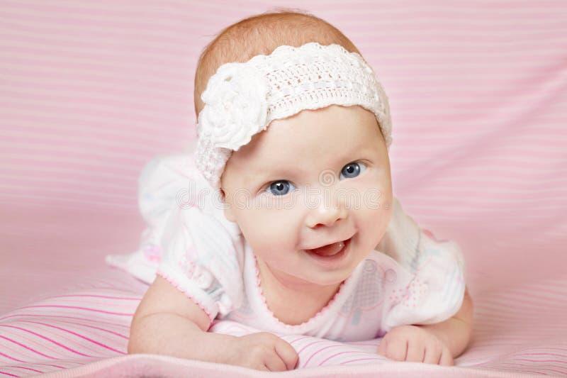 Śliczny szczęśliwy dziecko portret zdjęcia royalty free