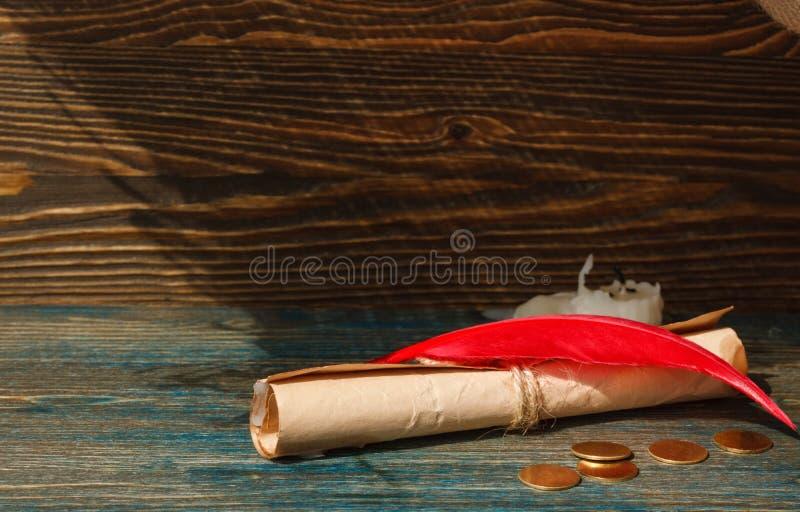 Ślimacznica która wiązał arkanę na drewnianym stole fotografia royalty free