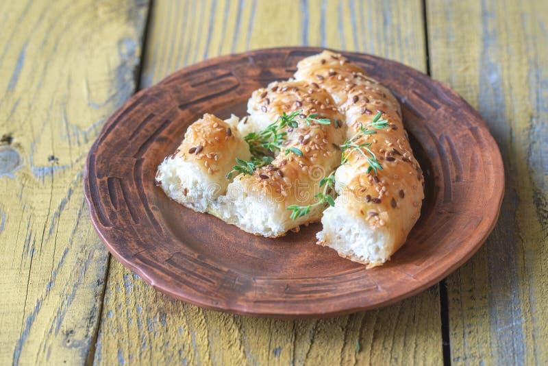 Ślimakowaty phyllo kulebiak z feta zdjęcia stock