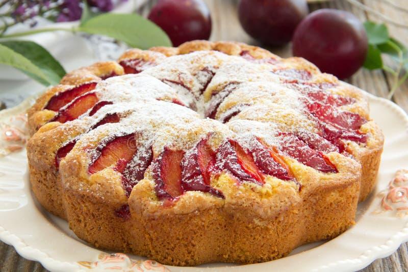 Śliwka tort. zdjęcia stock