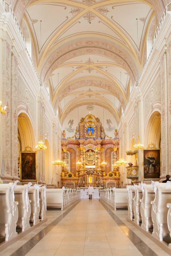 Ślubna dekoracja na kościół zdjęcia royalty free