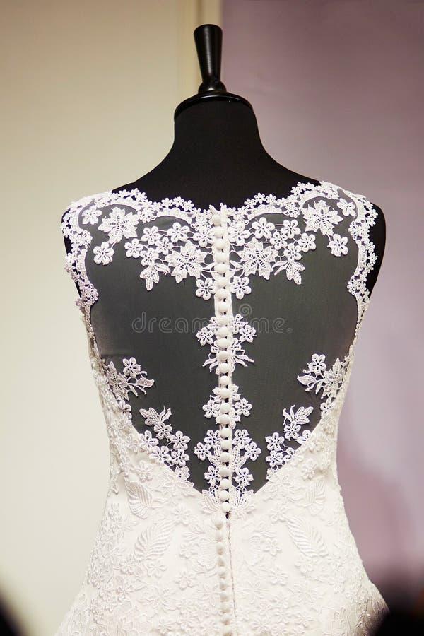 Ślubna suknia z koronkami na mannequin zdjęcia royalty free