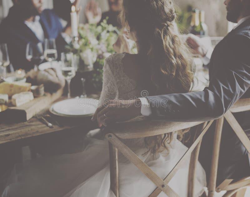 Ślubnego łomotania świętowania Recepcyjny jedzenie zdjęcia royalty free