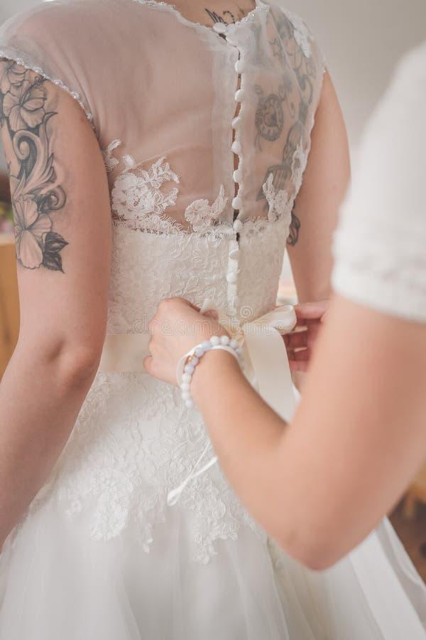 Ślubnej sukni preperation zdjęcia royalty free