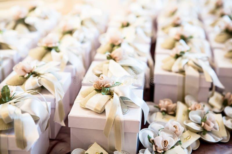 Ślubni prezenty dla gościa zdjęcie stock