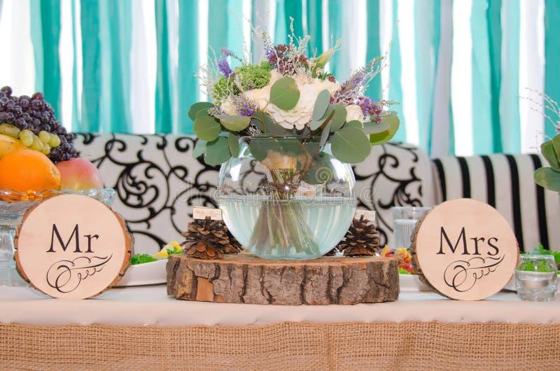 Ślubny bukiet w wazie zdjęcia stock